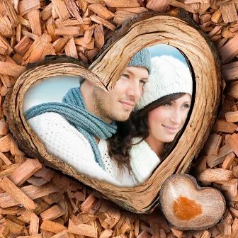 Editar fotos en un corazón de madera